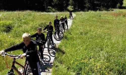 fudbalski kamp na kopaniku voznja bicikli